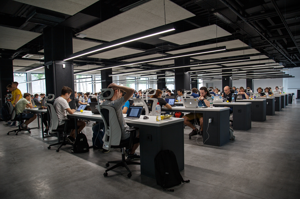 Big office with more than 50 people