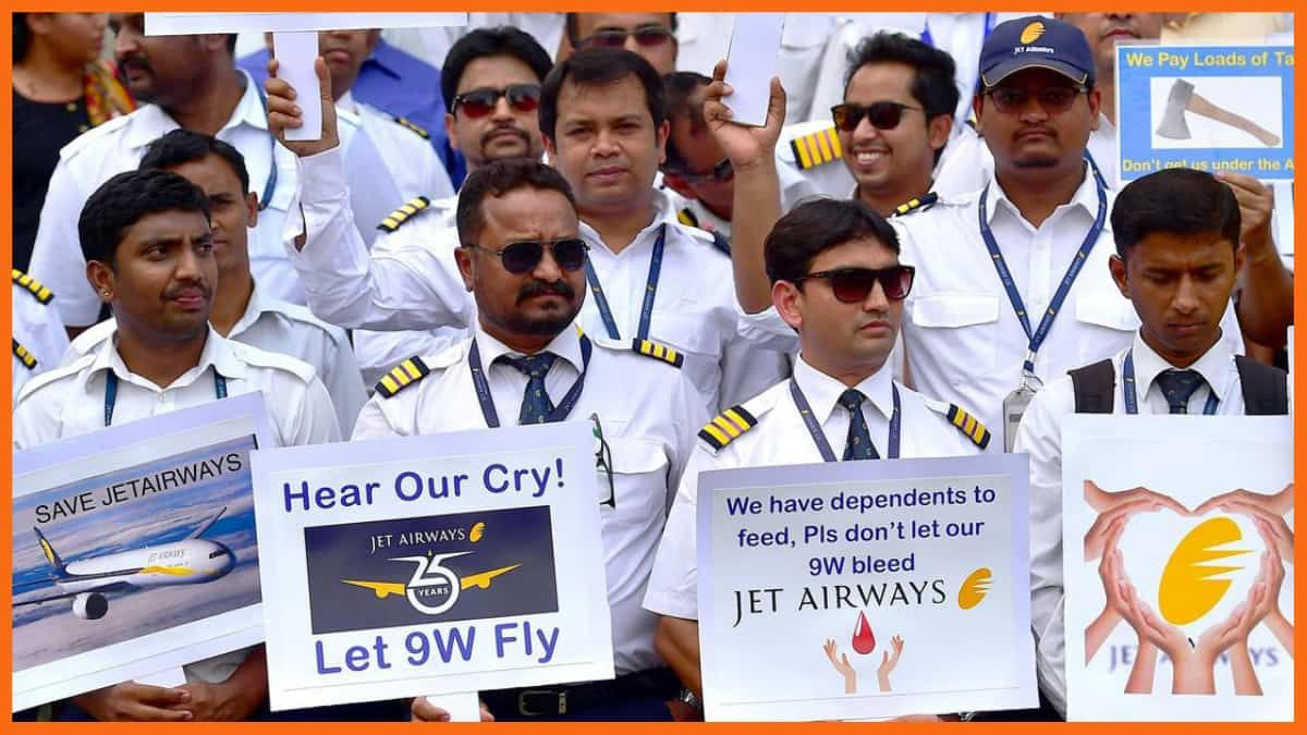 Jet Airways Employees Pleading the Government to Save the Company