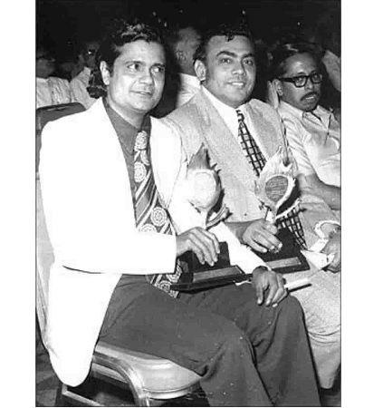 Mukesh Amabani And Dhirubhai Ambani